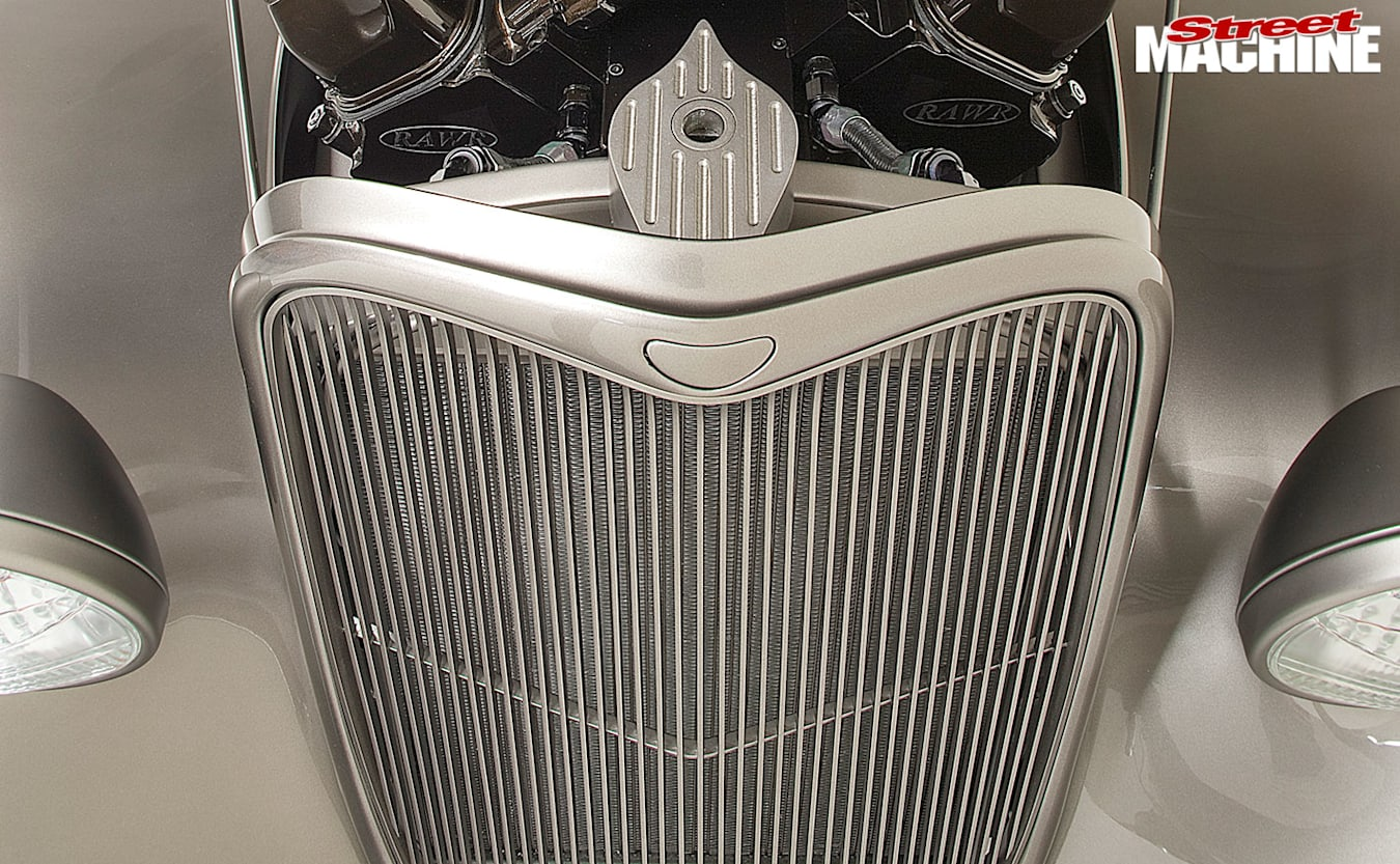 1933 Ford Coupe grille