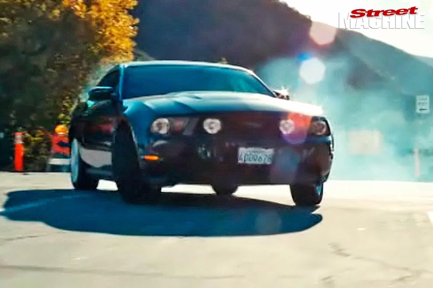 Drive -2011-Ford -Mustang -Ryan -Gosling