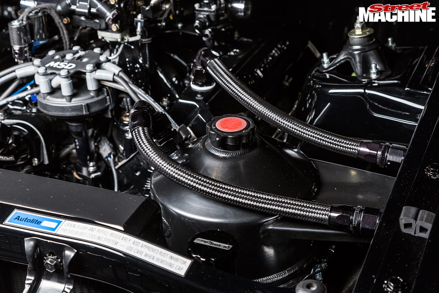 Ford -Falcon -XR-engine -detail