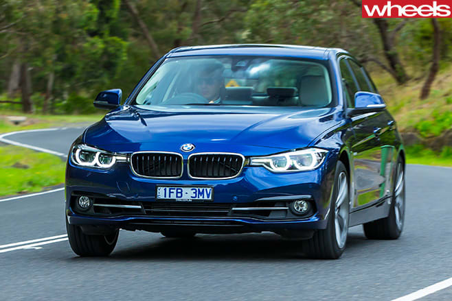 BMW-318i -driving -front -corner