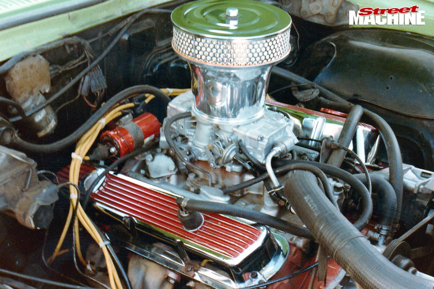 Holden panel van engine