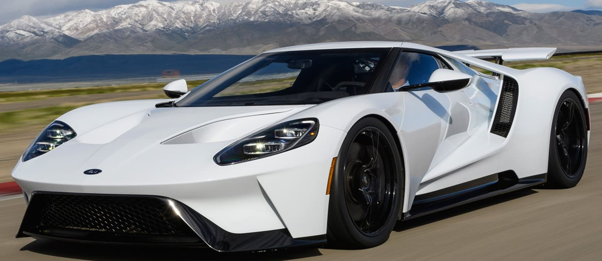 2017 Ford GT white main