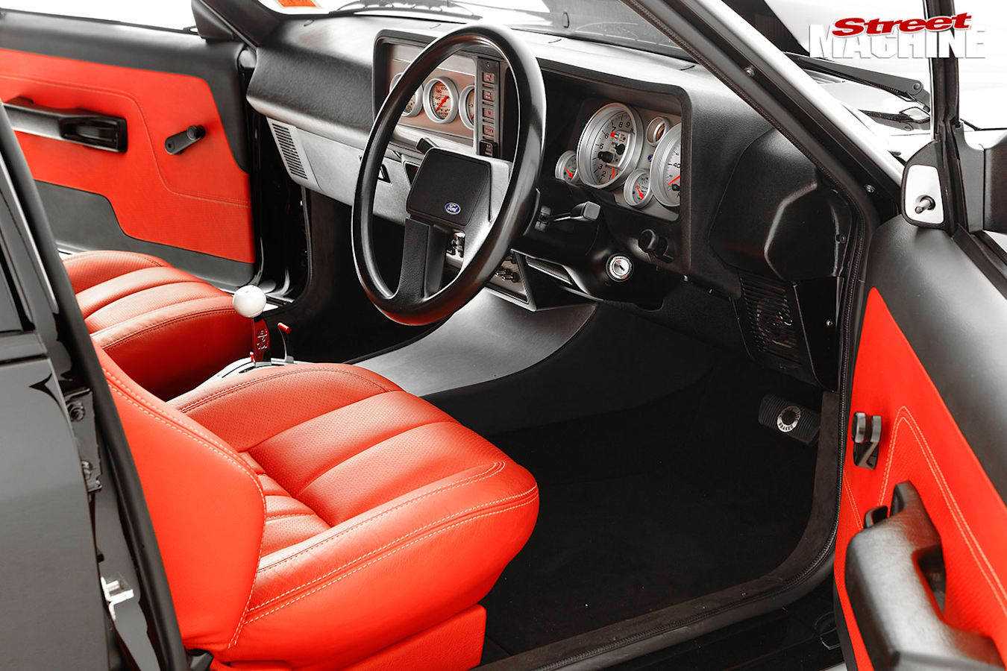 Ford XD Falcon interior front