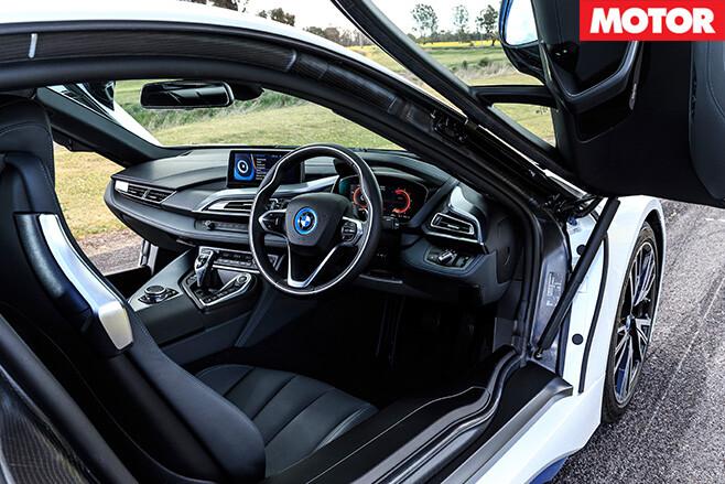 BMW-i 8-interior