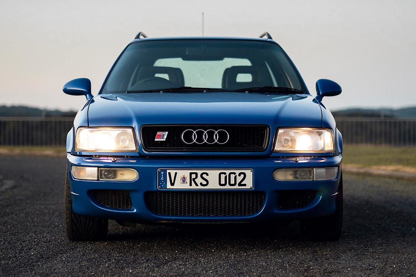 Audi RS2 wagon front