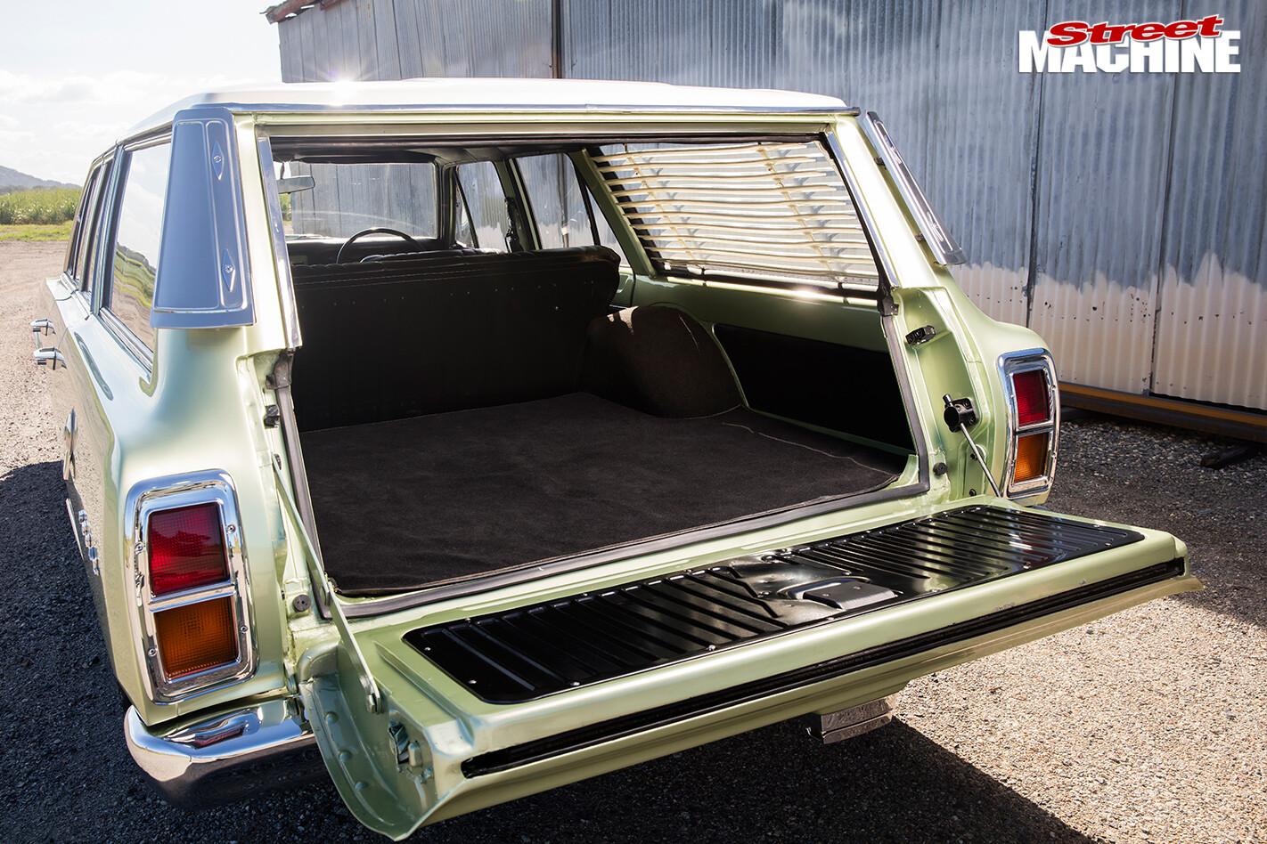 Chrysler -valiant -wagon -rear