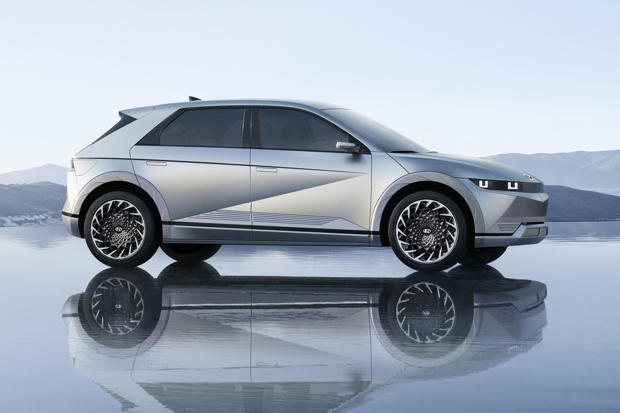 2022 Hyundai Ioniq 5 Electric Vehicle Revealed 7 Jpg