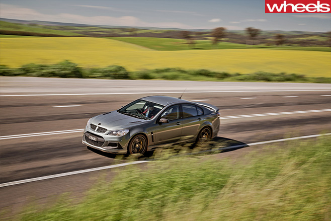 HSV-Track -Edition -action -shot -driving
