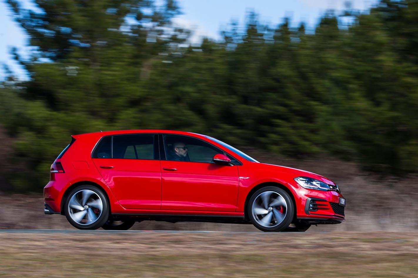 2017 Volkswagen Golf GTI Review side
