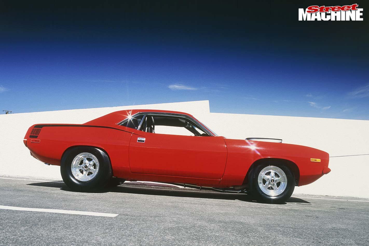 Plymouth Barracuda side