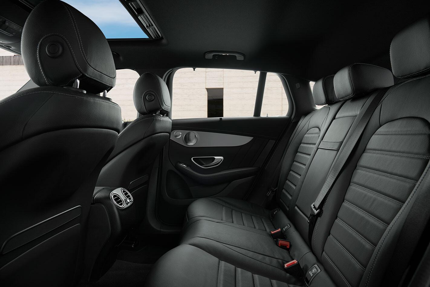 Mercedes-Benz EQC 400 Back Seat