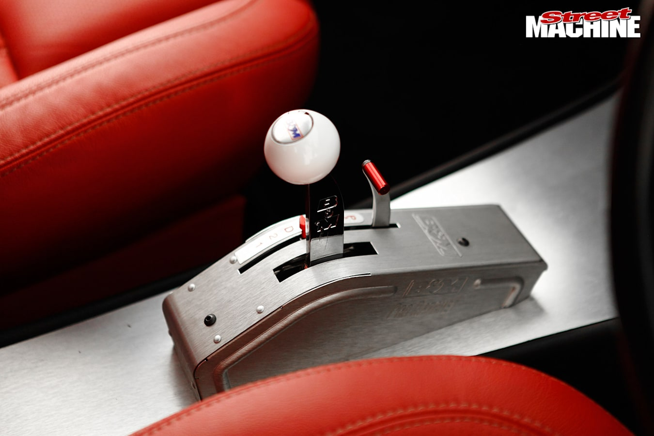 Ford XD Falcon shifter