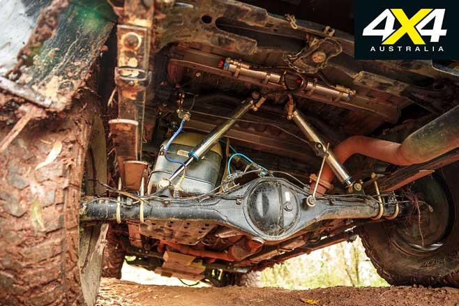 Custom 2006 Toyota N 70 Hilux Leaf Spring Jpg