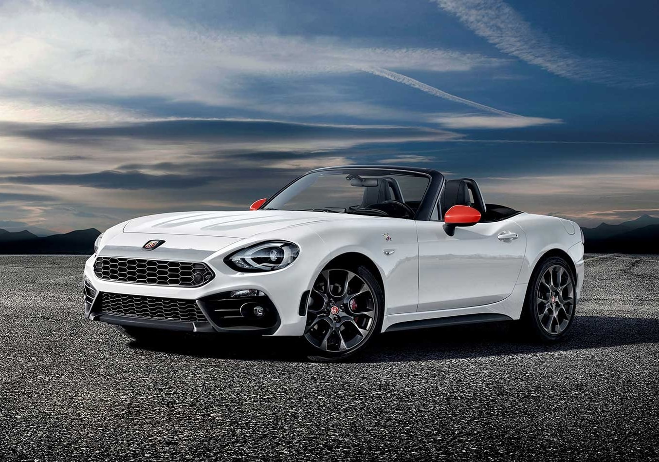 2018 Abarth 124 Spider Monza Edition revealed