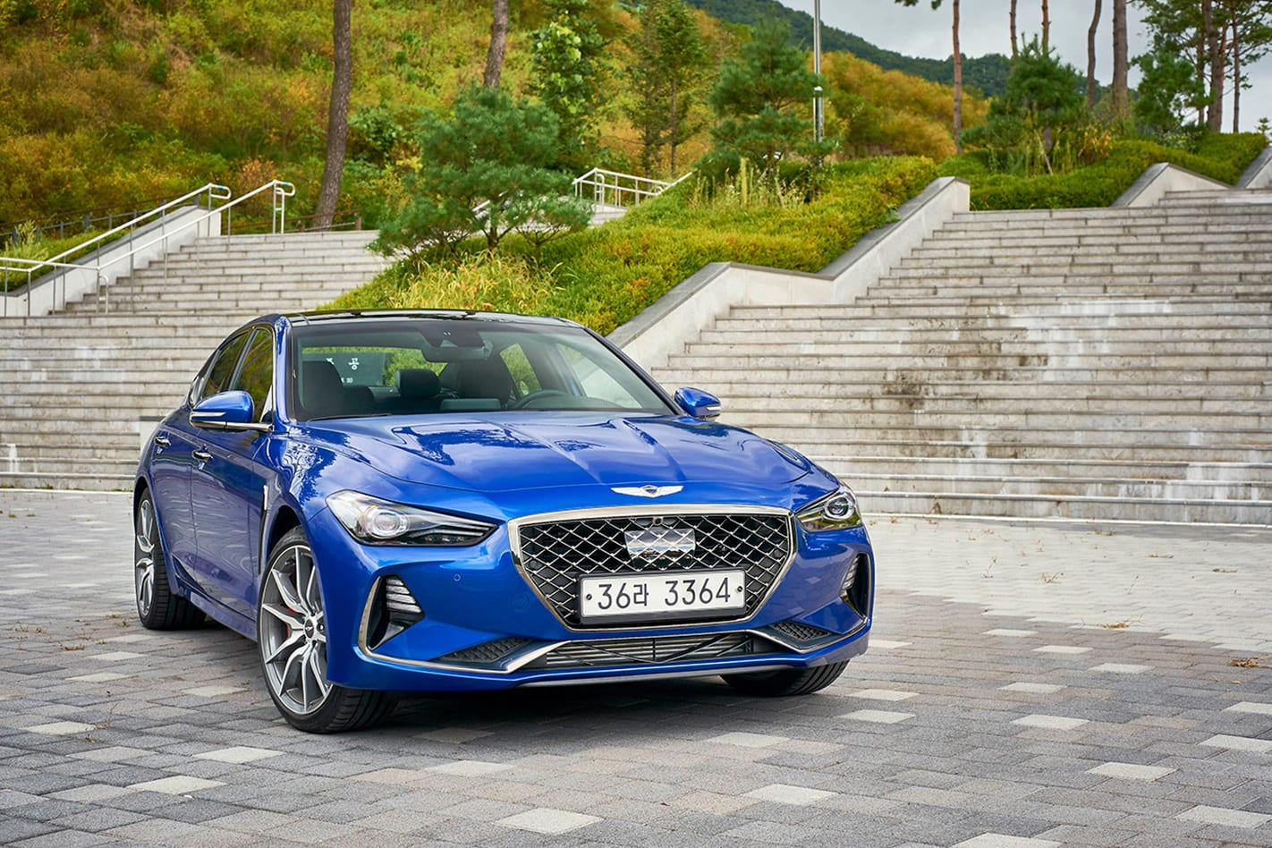 2018-Hyundai-Genesis-G70-front.jpg