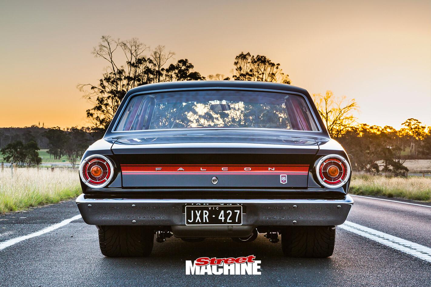 Ford -Falcon -XR-rear -view