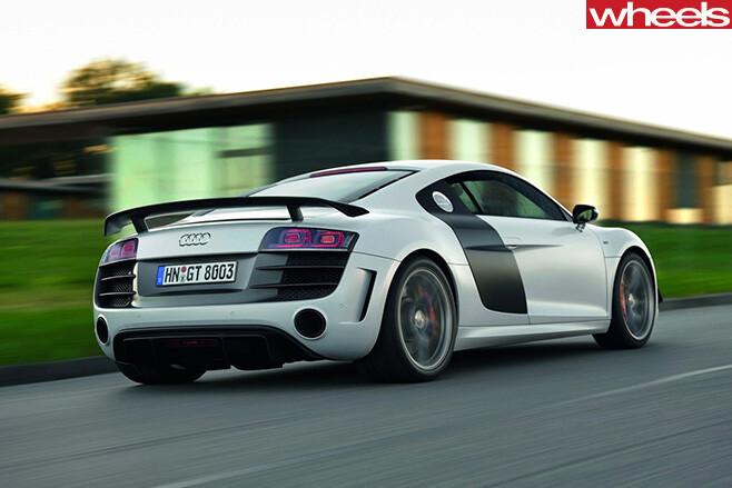 Audi -R8-driving -rear -side