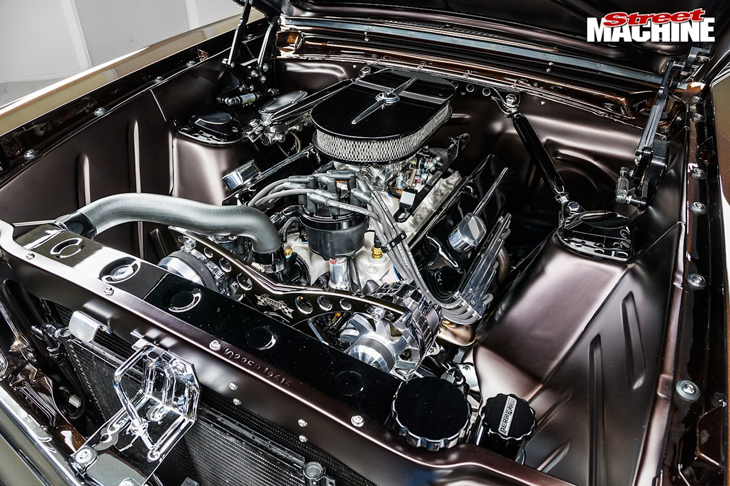 Ford -falcon -xp -engine -bay