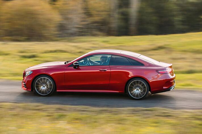 Mercedes Eclass Side Panning Jpg