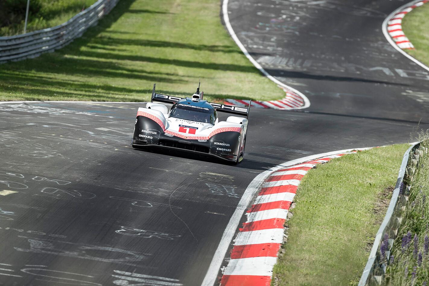 Porsche Ring We Jpg
