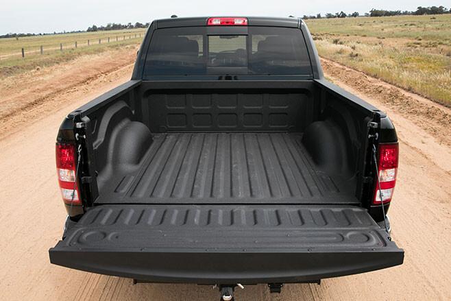Ram 1500 tray
