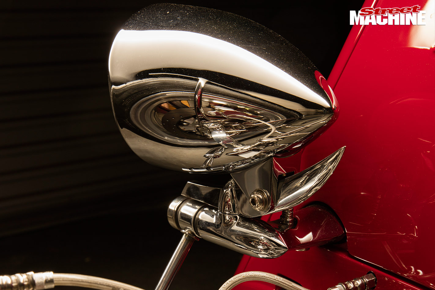 1933 Ford roadster headlight
