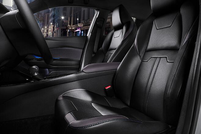 Toyota CH-R interior seats