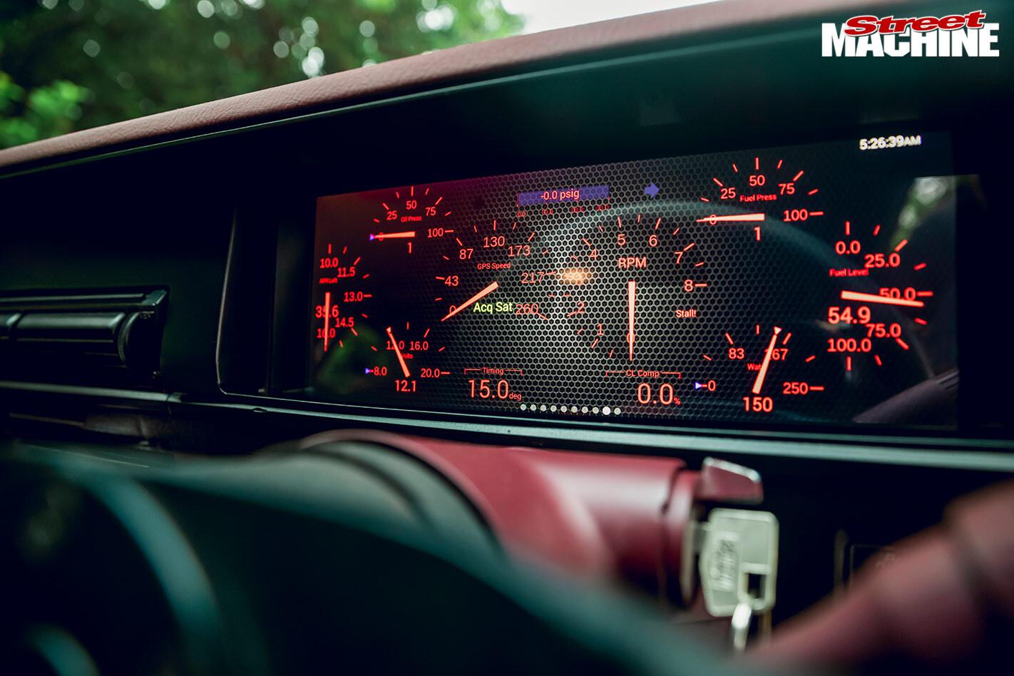 Holden VK Commodore dash