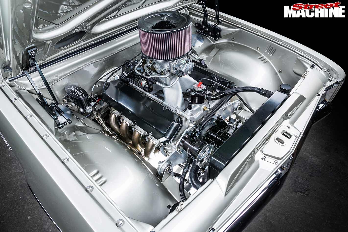 Holden HK Monaro GTS engine bay