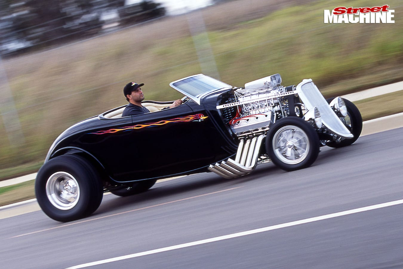 outlaw roadster onroad