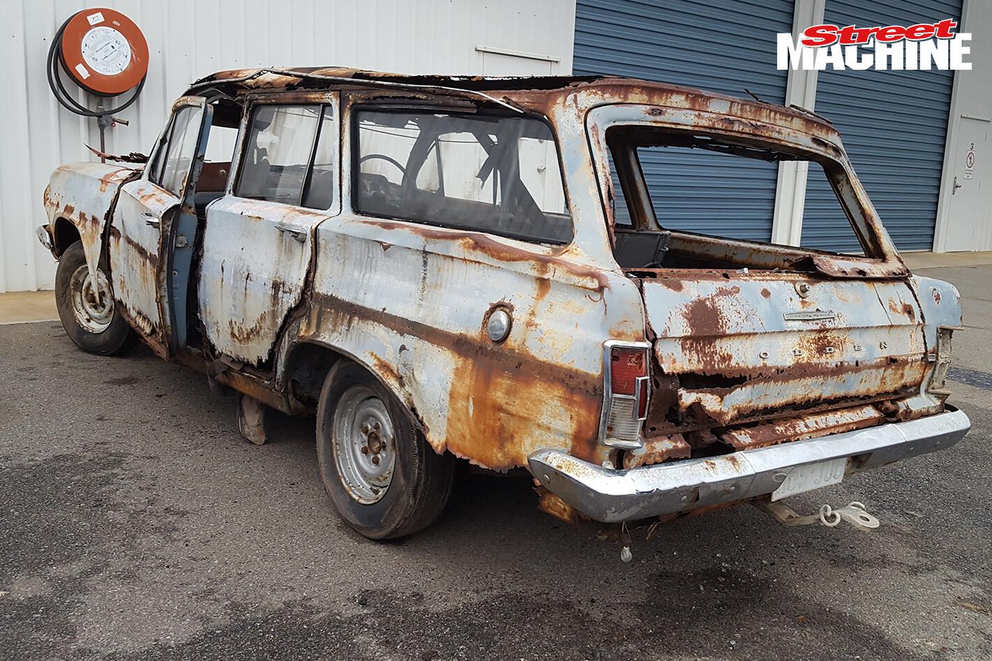EH Holden Wagon Rusty 6