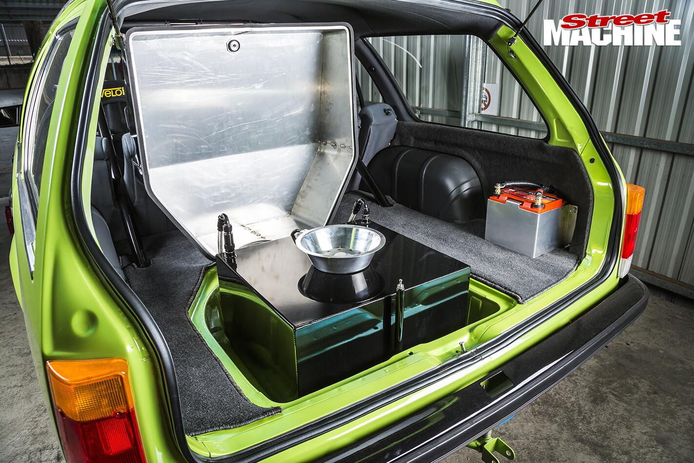 Holden -VH-Vacationer -Wagon -boot