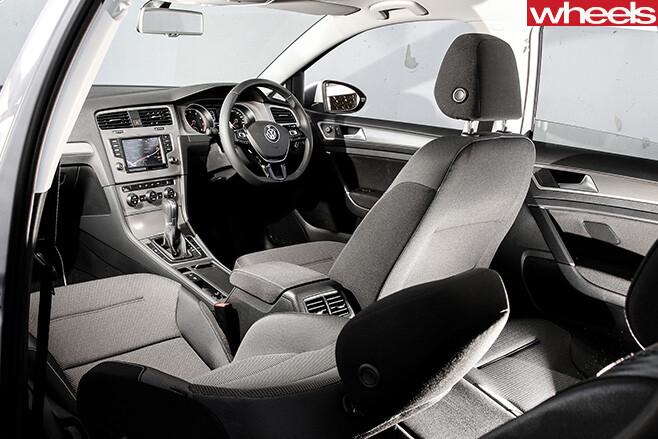 Volkswagen -golf -interior-
