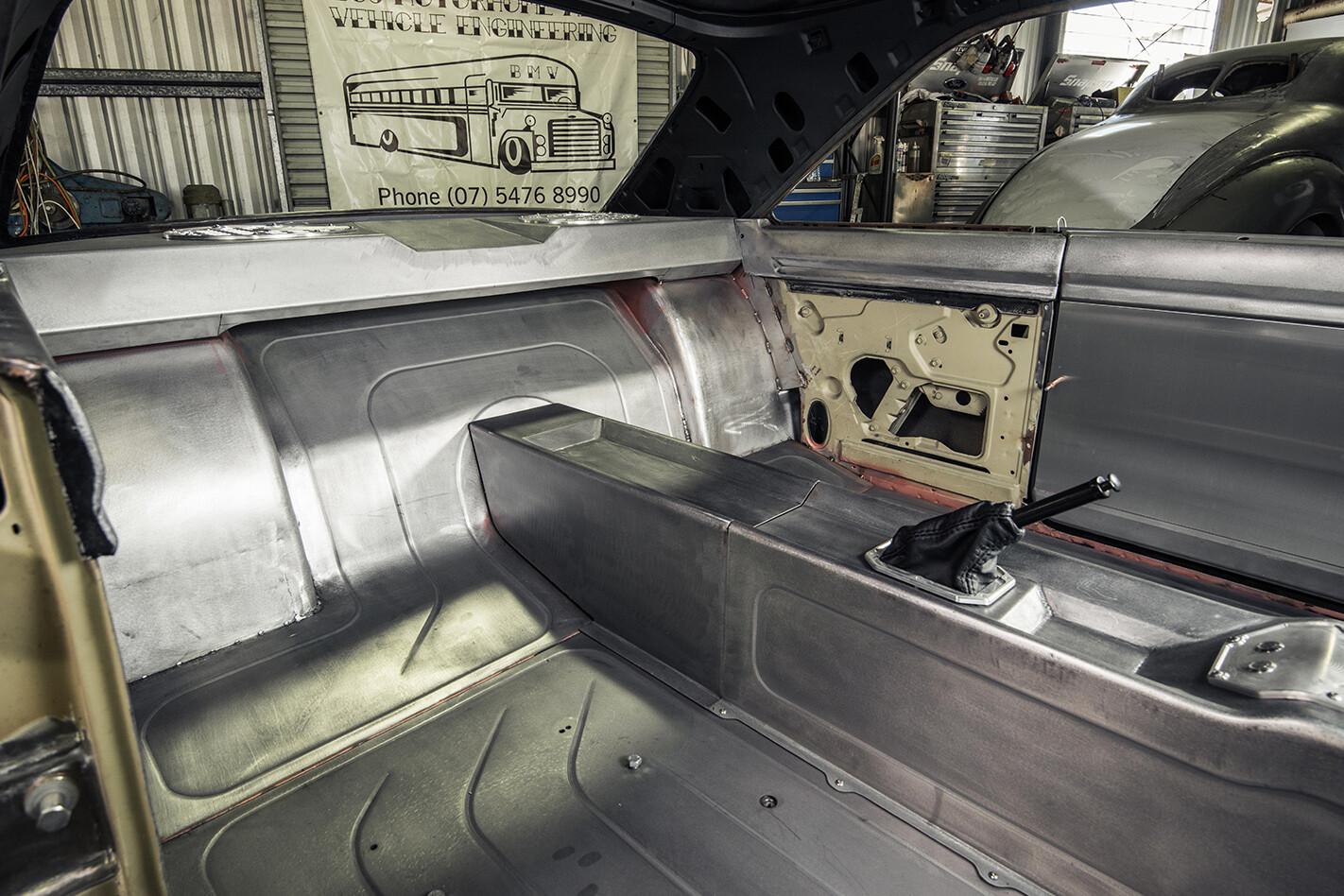 VG Valiant build cabin rear