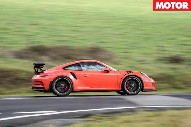 Porsche 911 GT3 RS side