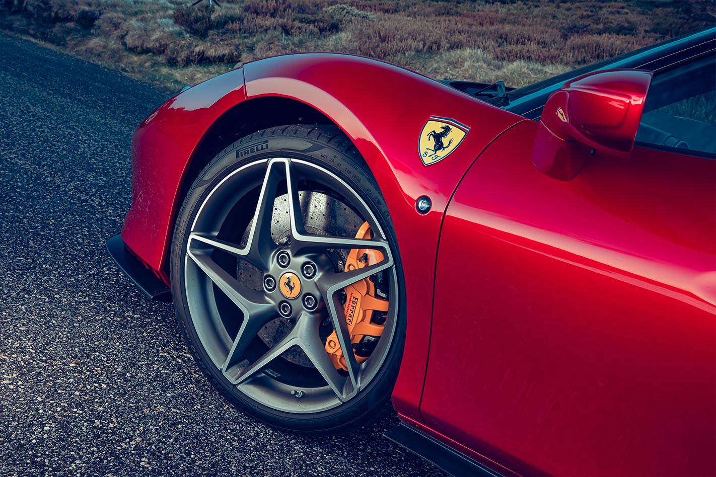 Ferrari F8 Tributo wheel