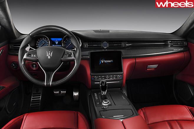 Maserati -Quattroporte -steering -wheel