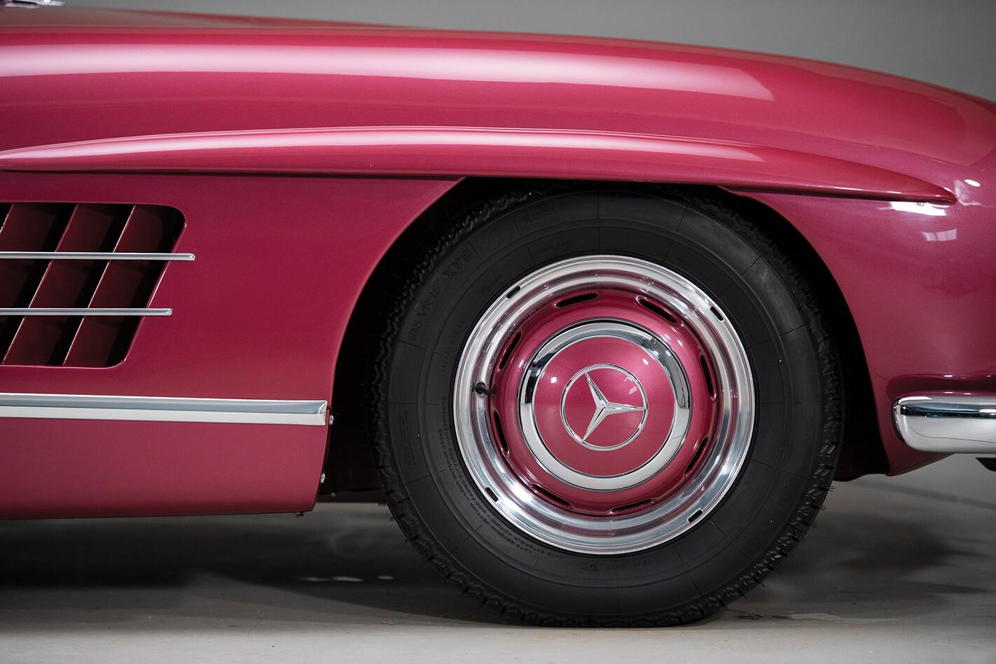 1954 Mercedes-Benz 300 SL wheel