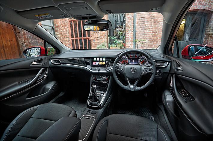 Head 2 Head Holden Interior Jpg