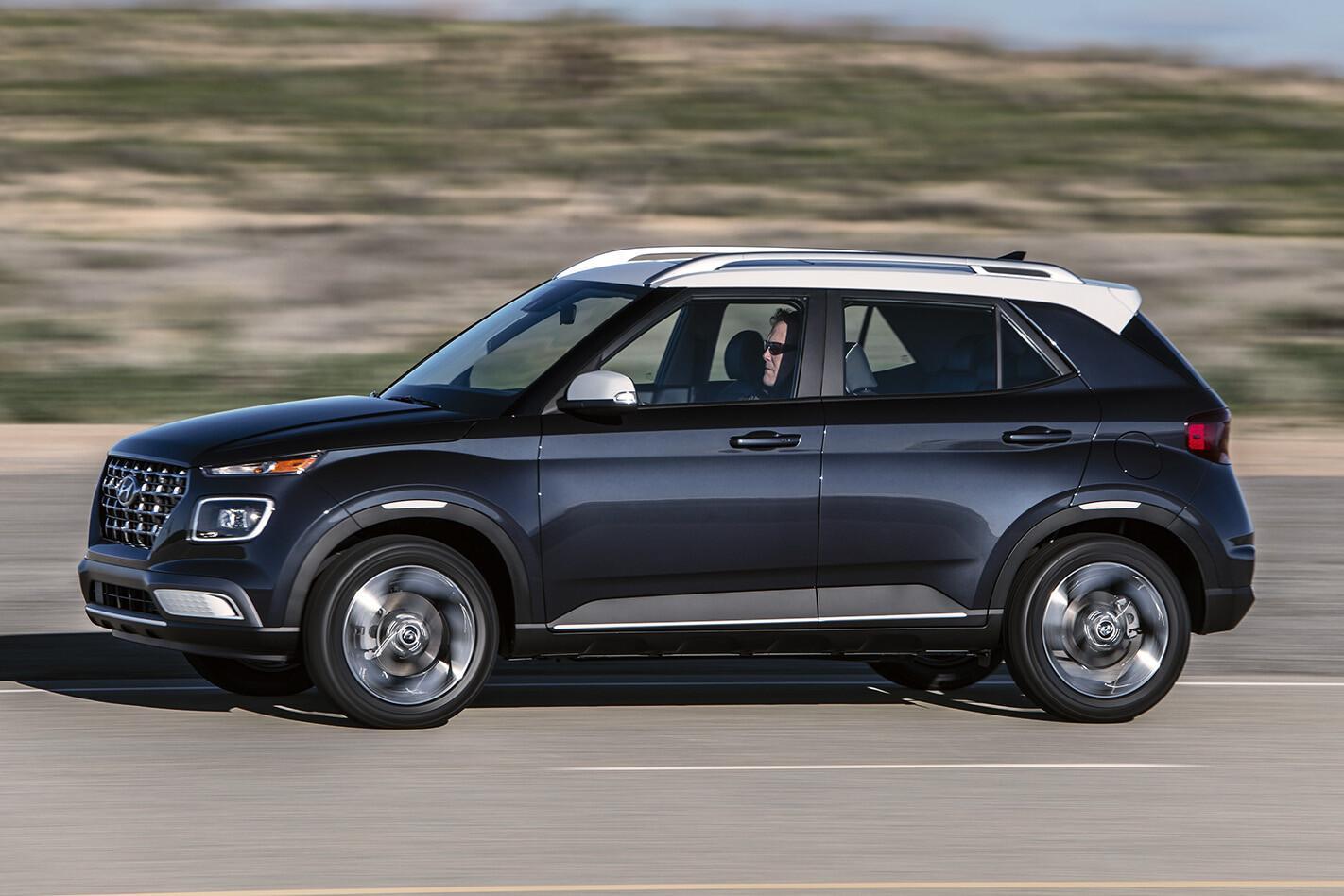 2020 Hyundai Venue Front Side Action Jpeg