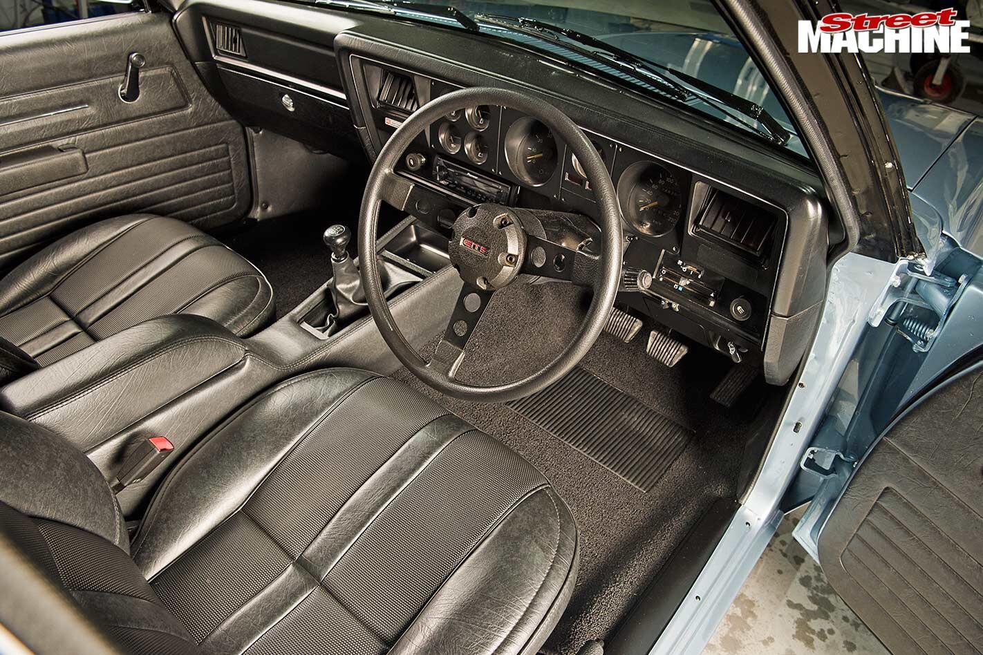 Holden Sandman ute interior