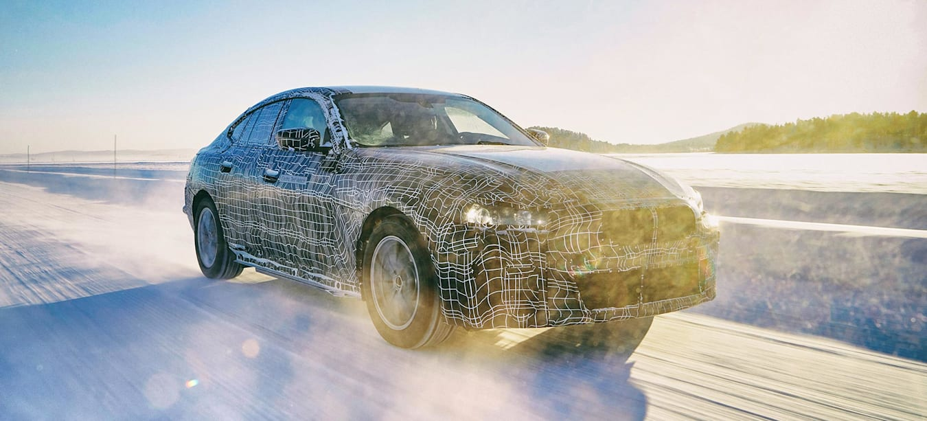 BMW i4 all-electric drivetrain preview news