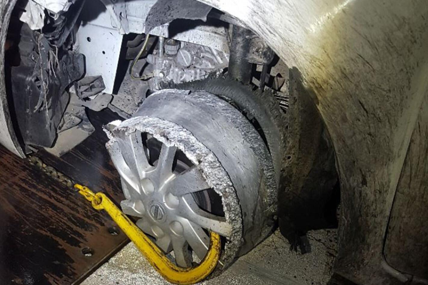 Flat Tyre Warryndyte 1422 Jpg