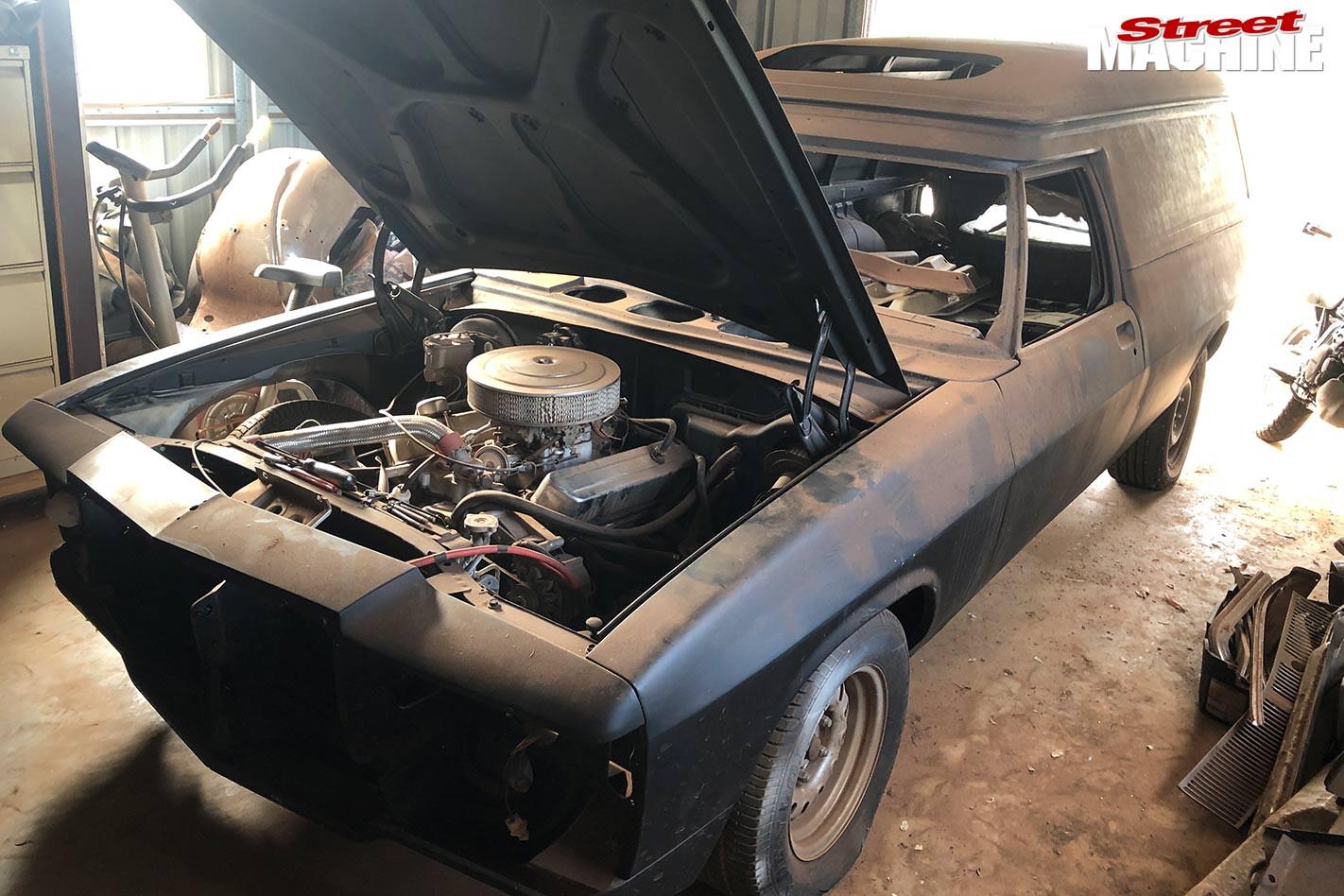 Holden HX Panel van