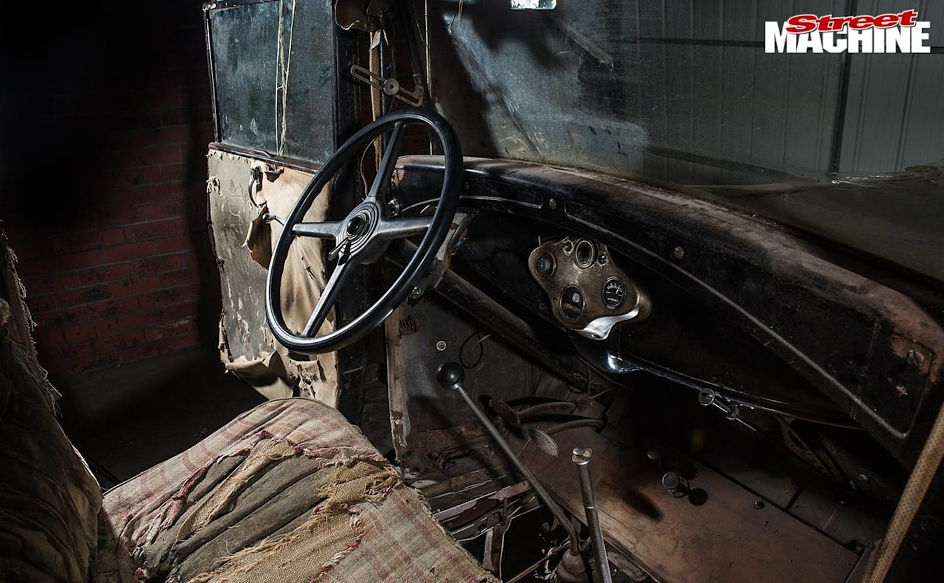 1931 Ford coupe project interior