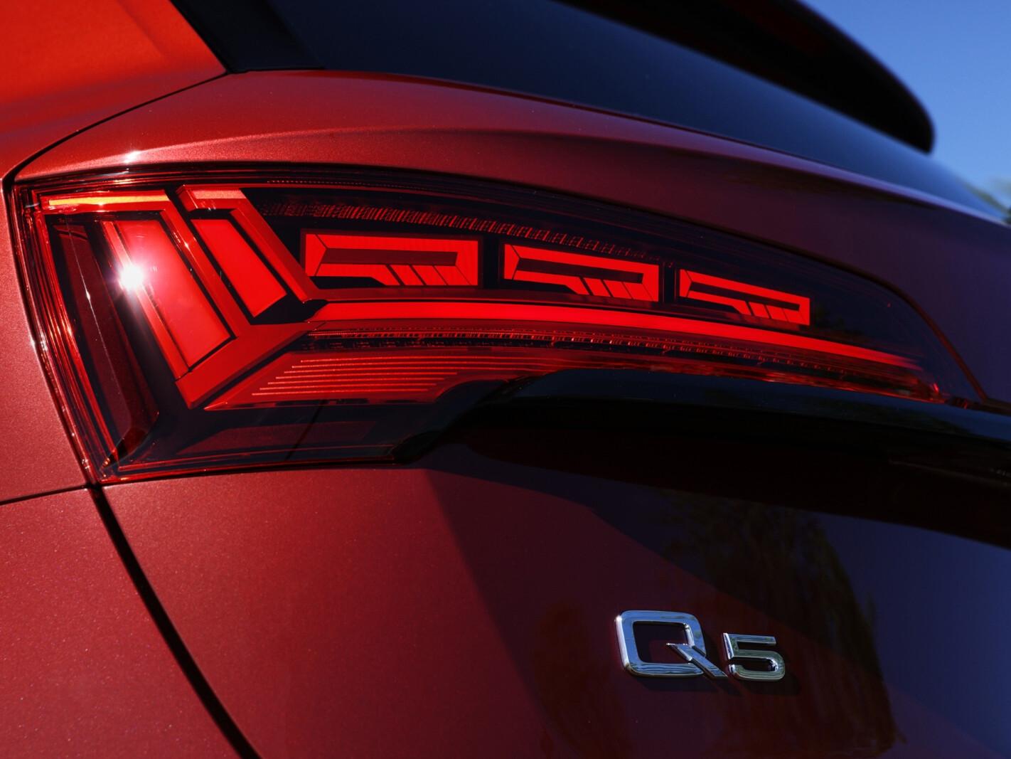 2021 Audi Q5 40 TDI Launch Edition
