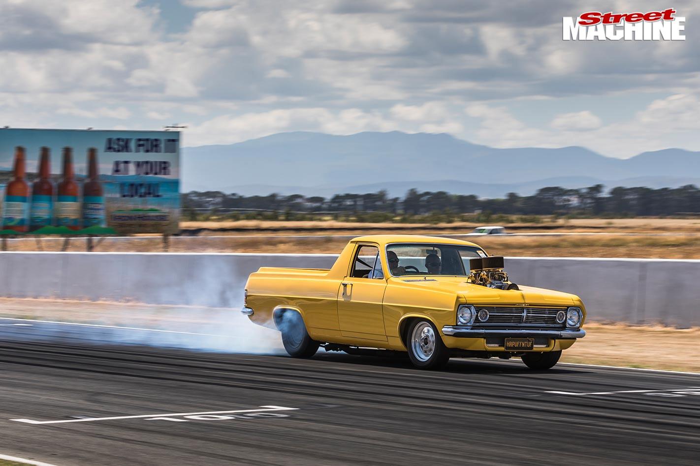 Holden ute at powercruise