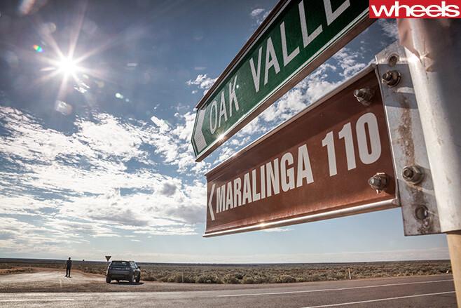Maralinga -Oak -Valley -sign