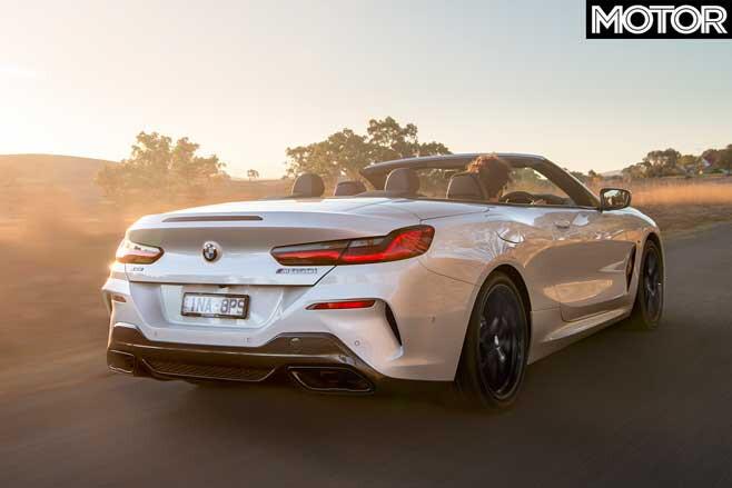 2019 BMW M850i Convertible performance
