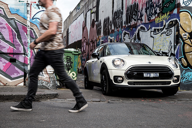Mini -Clubman -driving -front -sidejpg